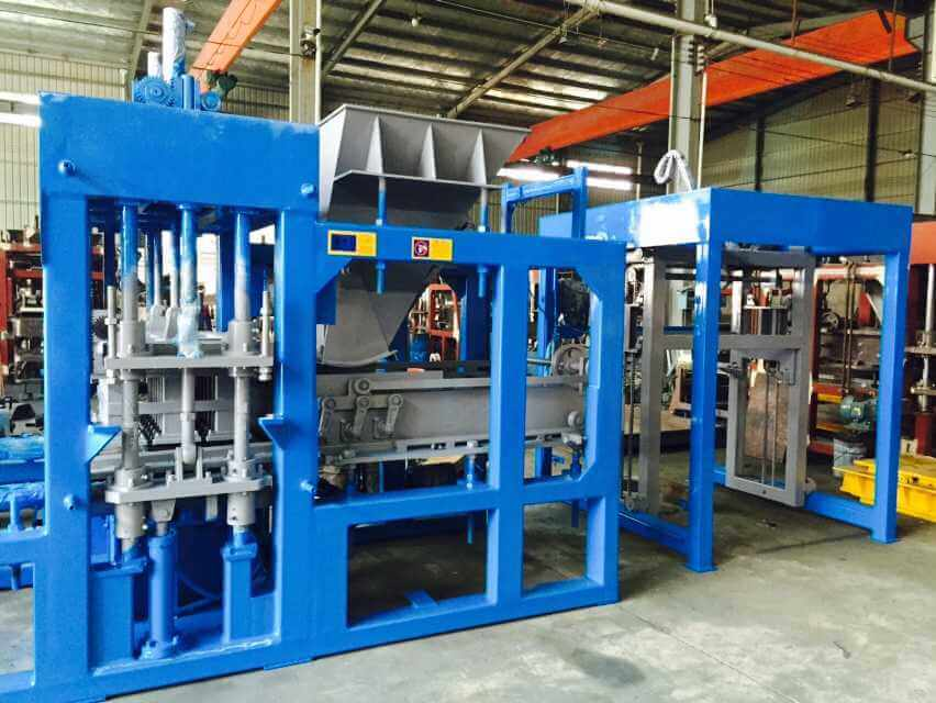 Professional China QT6-15 Block Molding Machine Sale Supplier