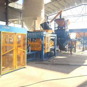 QT8-15 Hollow Block Molding Machine Cement Brick Factory