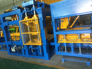 Qunfeng Industrial Concrete Hollow Block Production Line Manufacturer